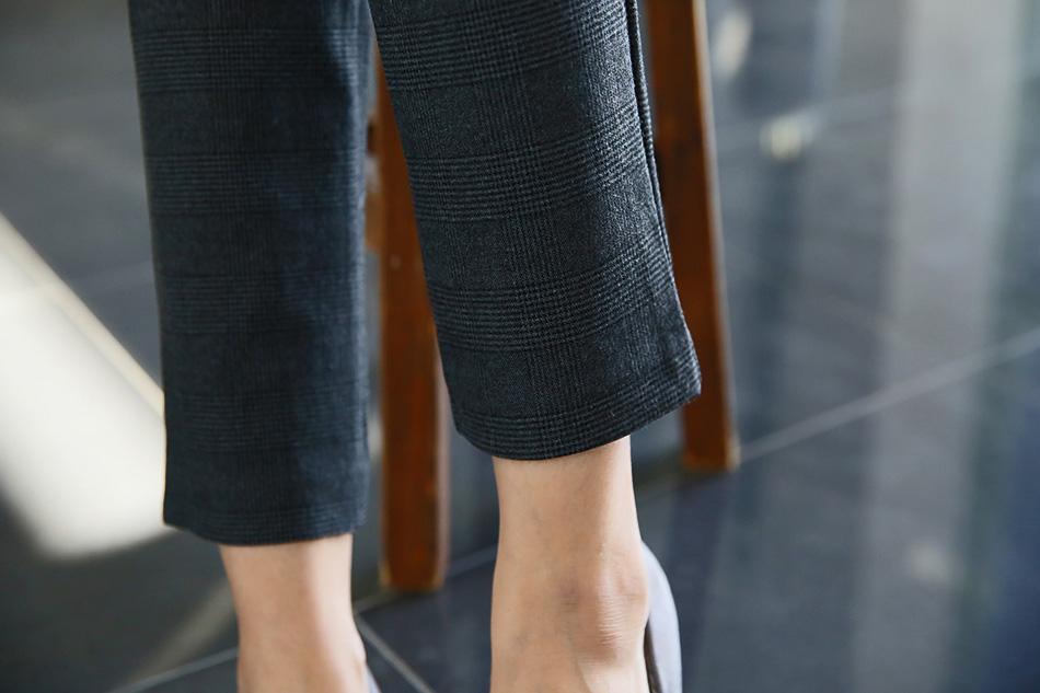 일자로 떨어지는 슬림핏으로 발목부분이 조이지 않아 입고 벗기 수월해요(좋아)