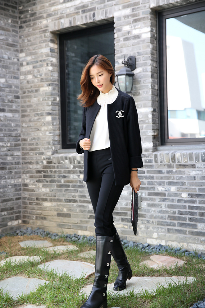 아이보리 컬러는 스킨컬러 속옷을 착용해주세요 ^^