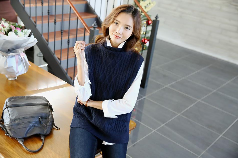네이비 컬러는 청바지와 영원한 짝궁^^