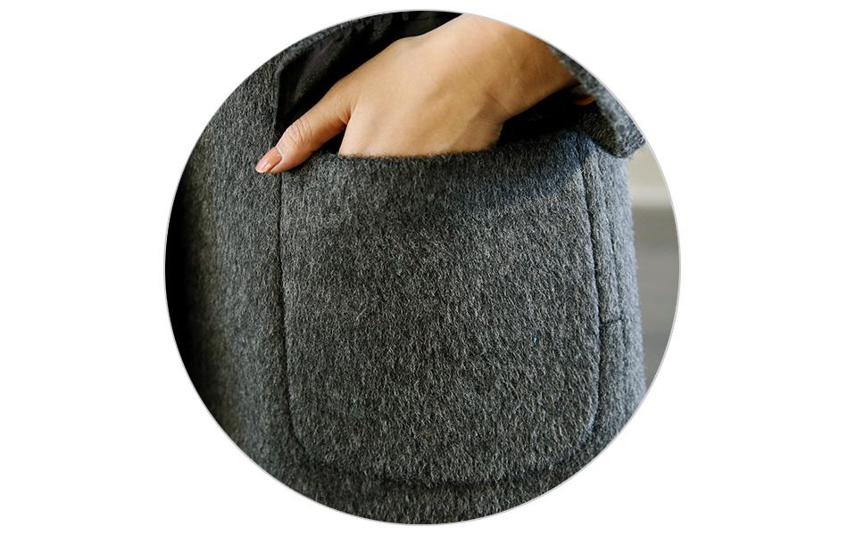 손이 시려운 겨울... 간단한 소지품은 포켓에 많이 넣으시죠~
