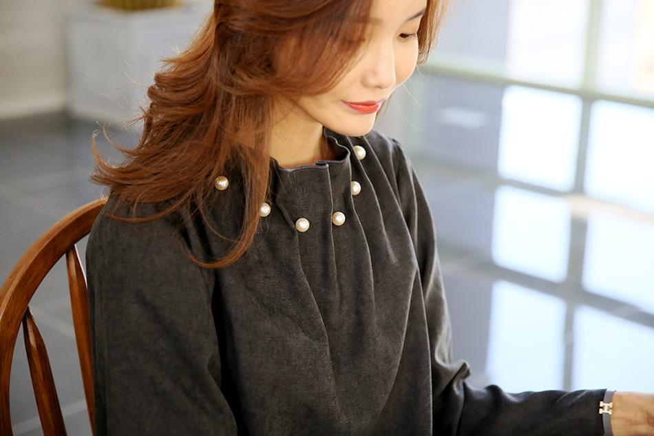 (하트) 여성스러운 네크라인이 얼굴을 예쁘게^^