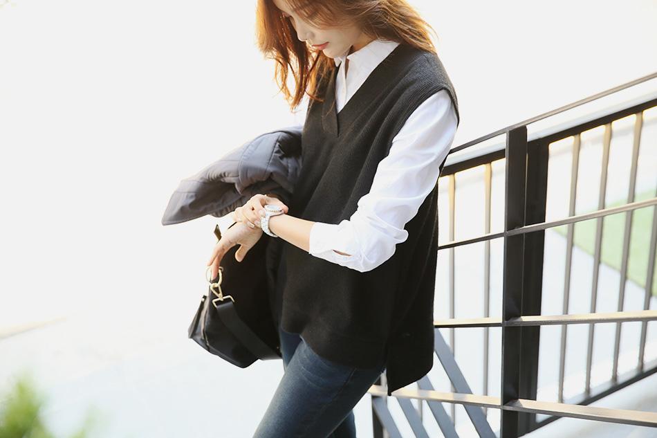 블랙: 심플하게 입고 싶을 때, 베이직한 기본 컬러