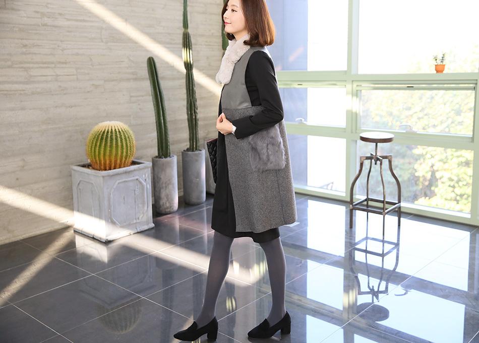 스커트 입을 때에도 다리 길어보이게 코디해요^^