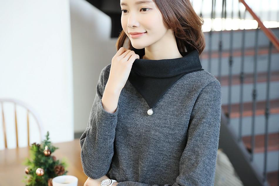 톡톡한 소재감^^ 겨울철 이너로 딱이에요 :)