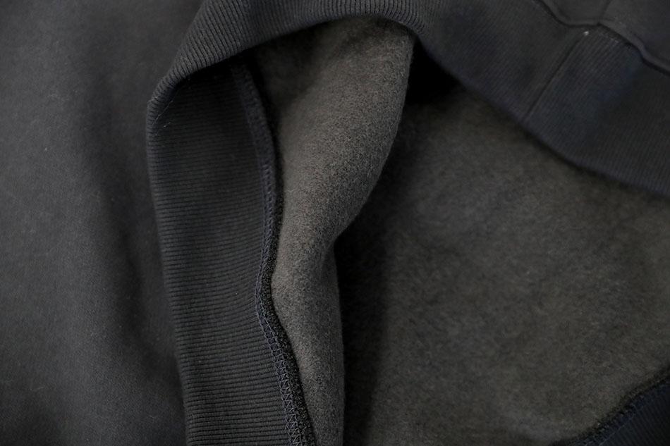 기모가 옷 안감 전체에 있어 따뜻함, 포근함 두배 (하트)