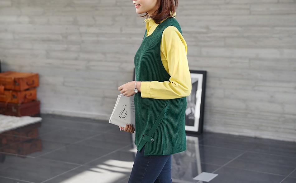 암홀라인이 넉넉해서~ 소매통이 넓은 이너웨어도 입을 수 있어요.