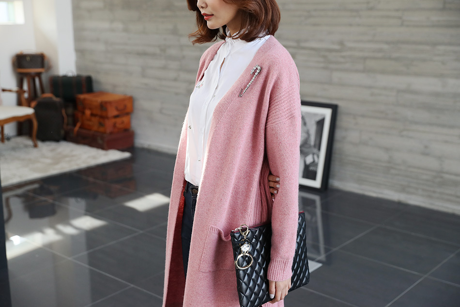 여성스러운 핑크 컬러감 (키스)