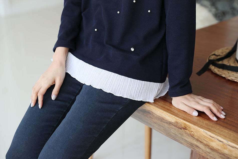 주름 레이스 배색티셔츠는 늘 사랑받는 디자인^^