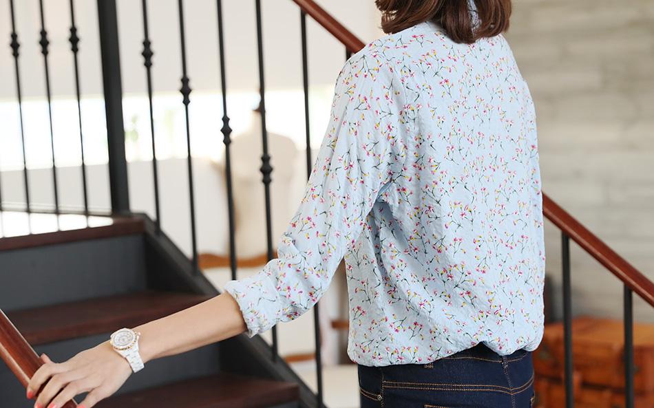 살짝 롤업해서 입으면 봄부터 초여름까지 가능해요.