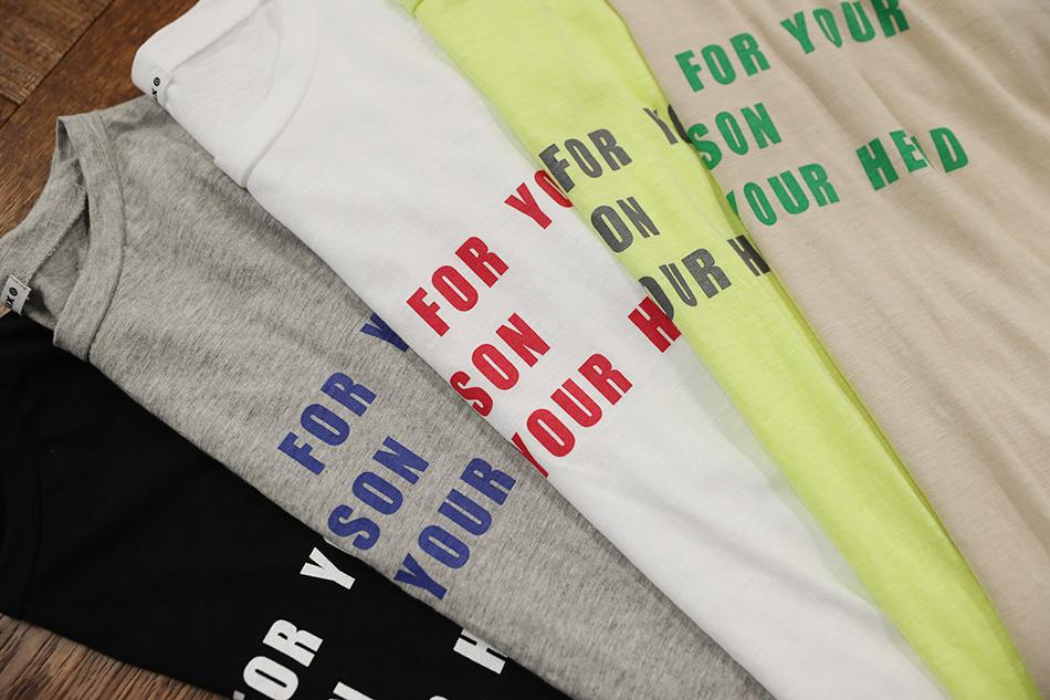 티셔츠 컬러마다 레터링 컬러도 다 달라 더 매력적이에요 (예뻐)