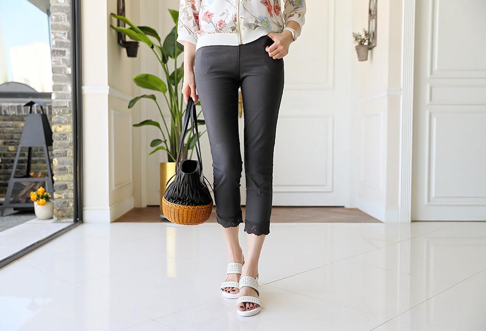 여름에 입기 좋은 린넨소재로 통기성 좋고 가벼운 팬츠:)