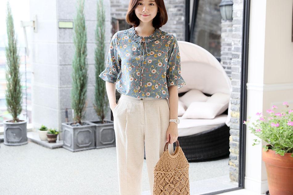 부드러운 코튼소재감으로 편안하게 입기 좋은 셔츠 :)