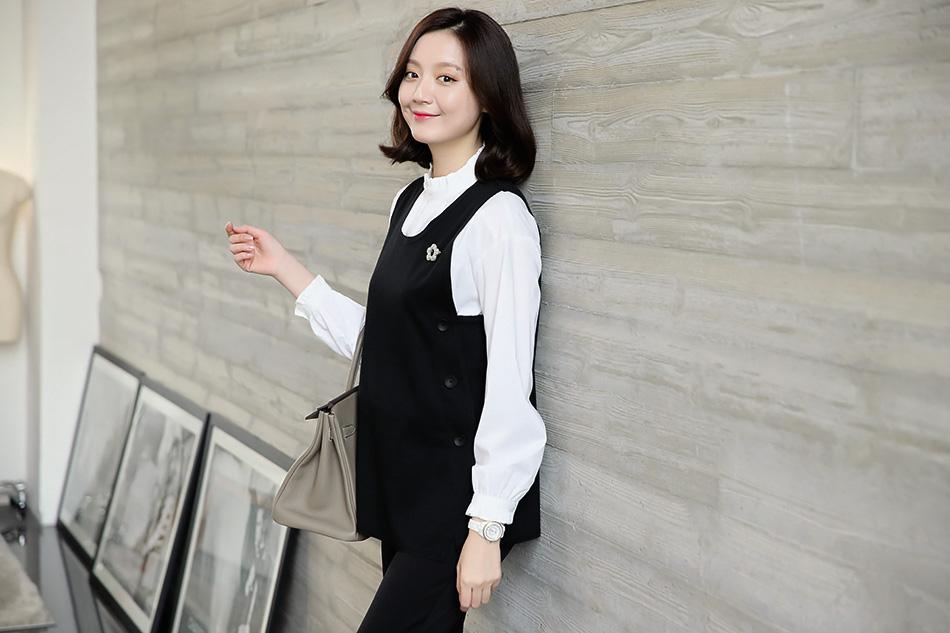 베이직한 디자인으로 두루두루 입기좋은 조끼:)