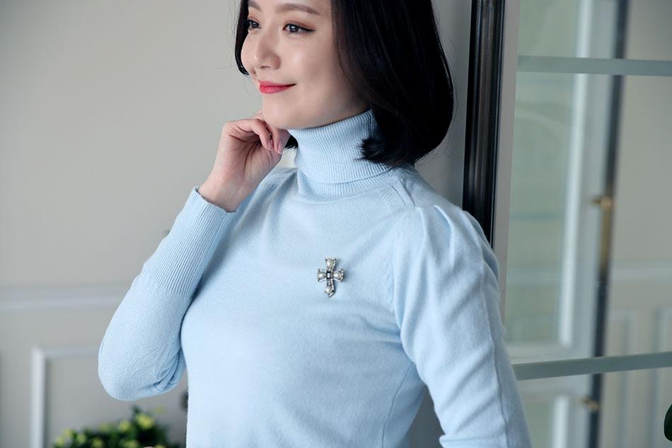 목을 따뜻하게 감싸주는 폴라 디자인(사랑)