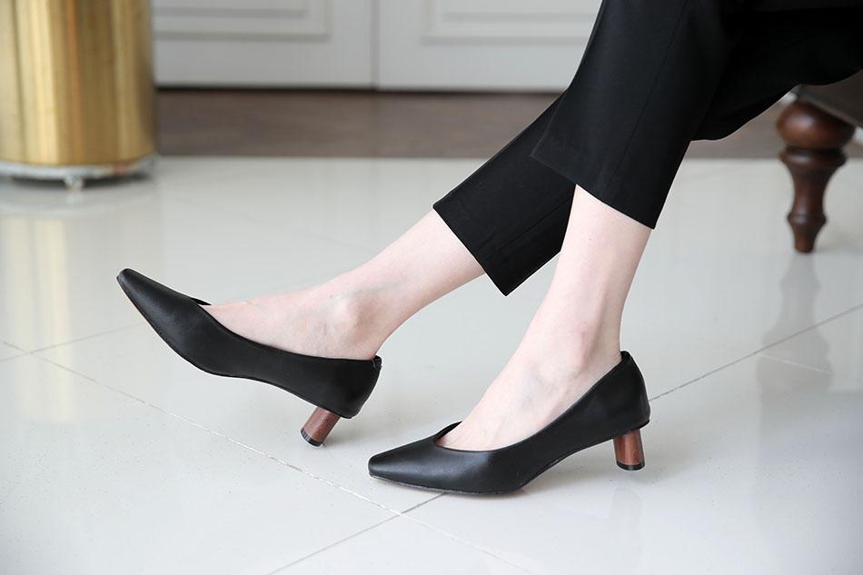 발이 가늘어 보이는 슬림한 라인(슬림)