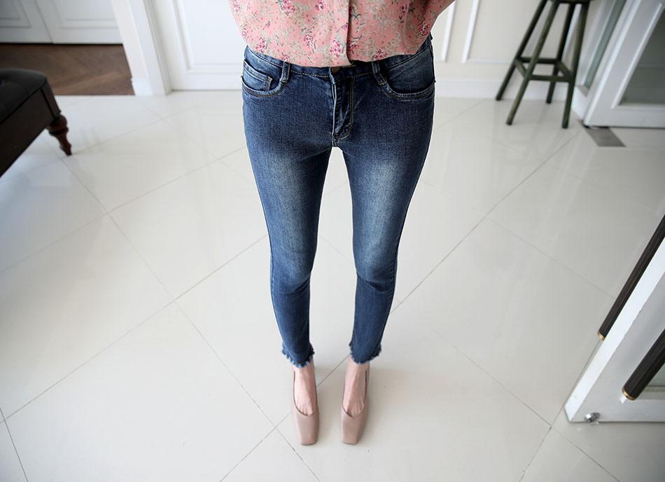 세련된 워씽디테일로 허벅지를 날씬하게(날씬)