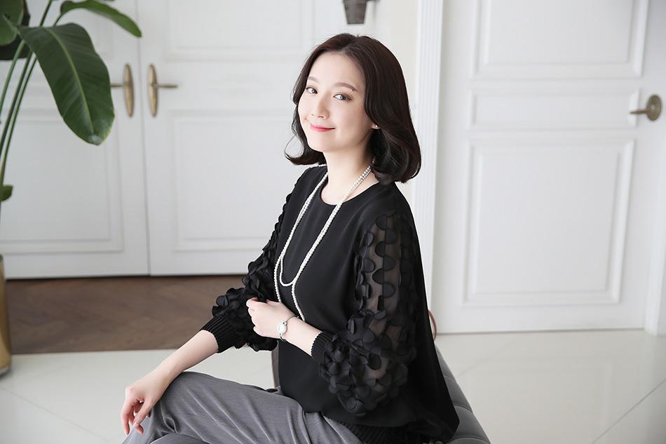 텐션감이 좋아 티셔츠처럼 편안하기까지 해요 ^.^