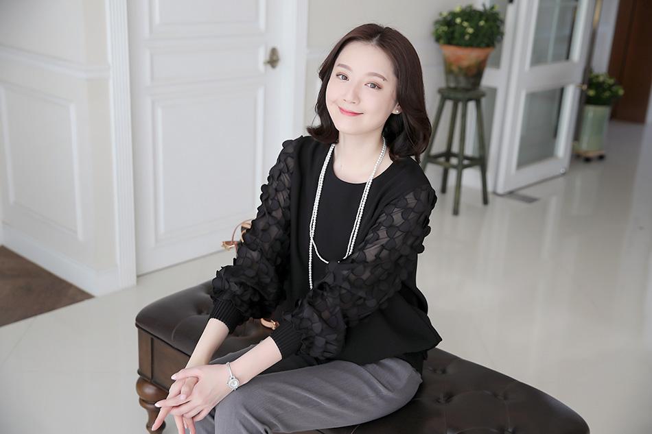 하객용 모임용으로 손색없는 멋스러운 블라우스에요~ ^^