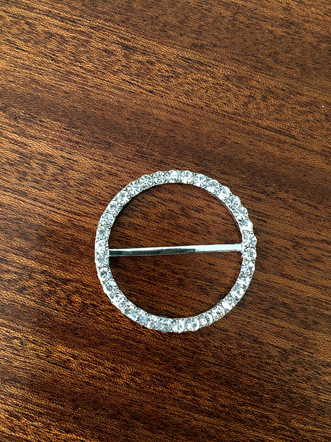 동그란 원형의 심플한 디자인 (샤방)