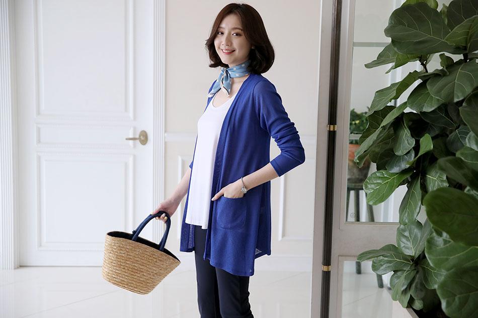 시원한 컬러감의 블루  : )