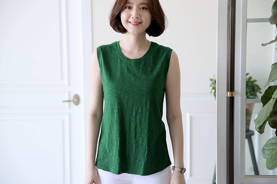 부담없이 입기 좋은 민소매티셔츠 ♥