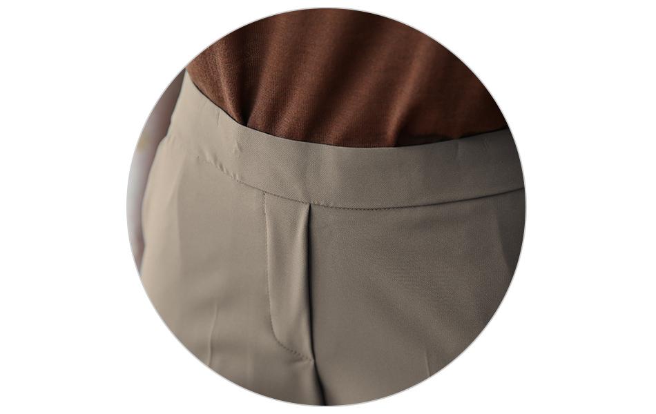 여밈이 따로없는 깔끔한 허리라인