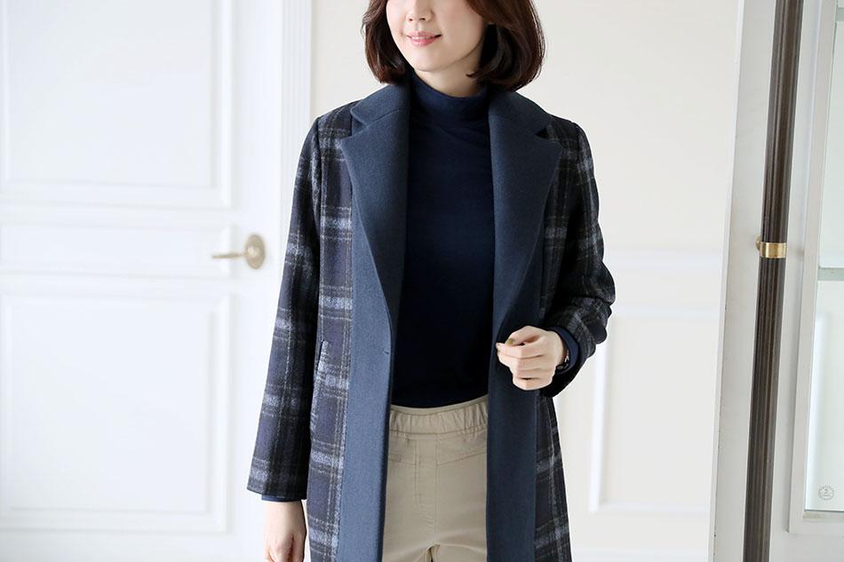 탄탄한 울혼방 소재의 고급스러운 체크코트♡