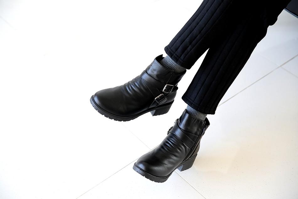 가장 활용도높은 발목 기장감이에요