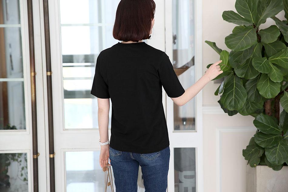 슬림한 핏으로 포인트 이너로 좋아요^^